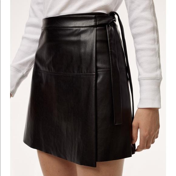 8fc44a43c9 Aritzia Skirts   Wilfred Free Spurlock Skirt   Poshmark